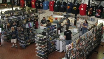 Support the Independents at Emerald Knights with Fanboy Comics and More!