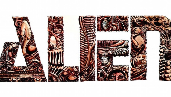 #AlienDay 2018: Remembering 'Alien' Differently with 'Alien: The Illustrated Story'